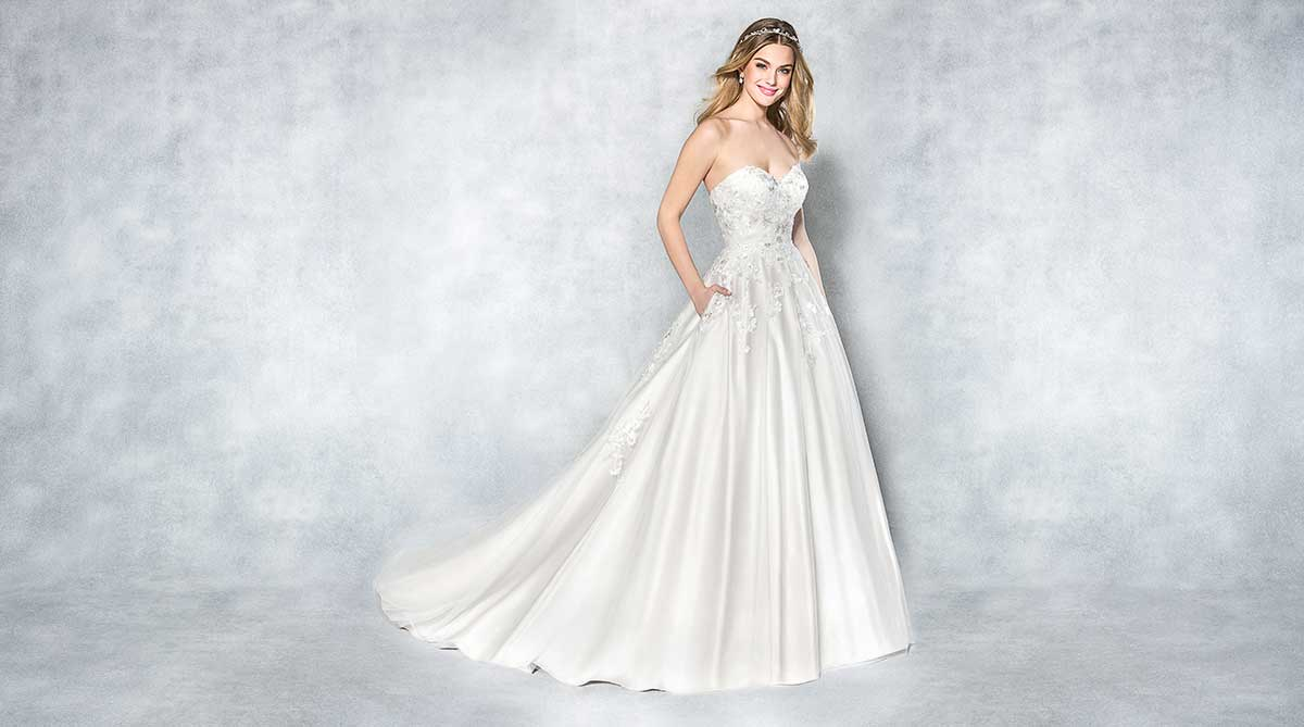 Plus Dimension Bridal Gown Every Person Will Certainly Love!