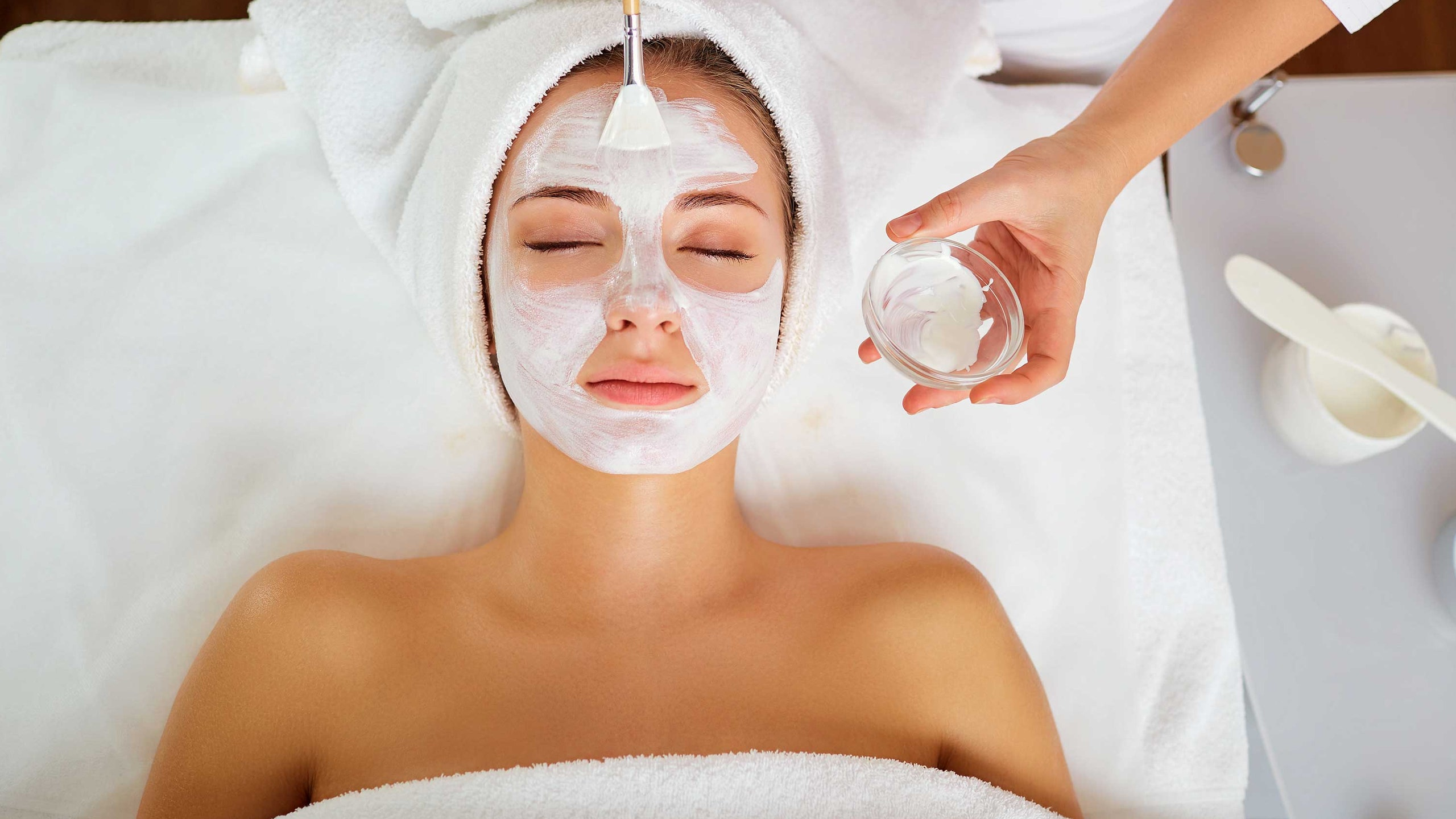 5 Best Facial Treatments For Different Skin Types